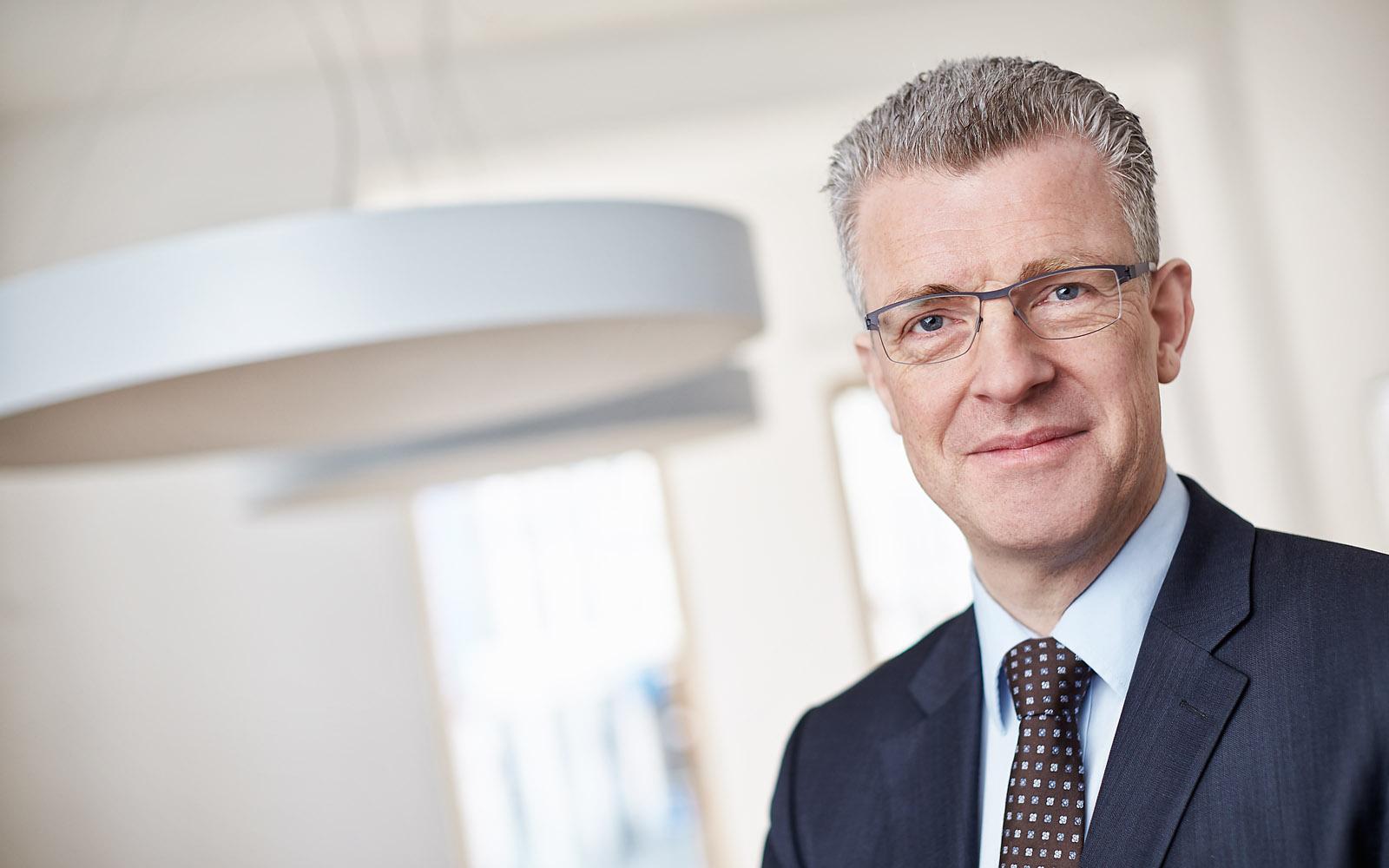 Dr. Andreas Koenen